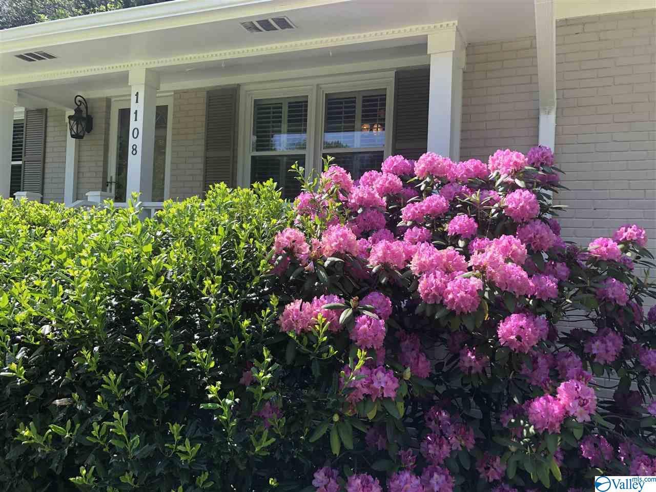 Photo of home for sale at 1108 Big Cove Road, Huntsville AL
