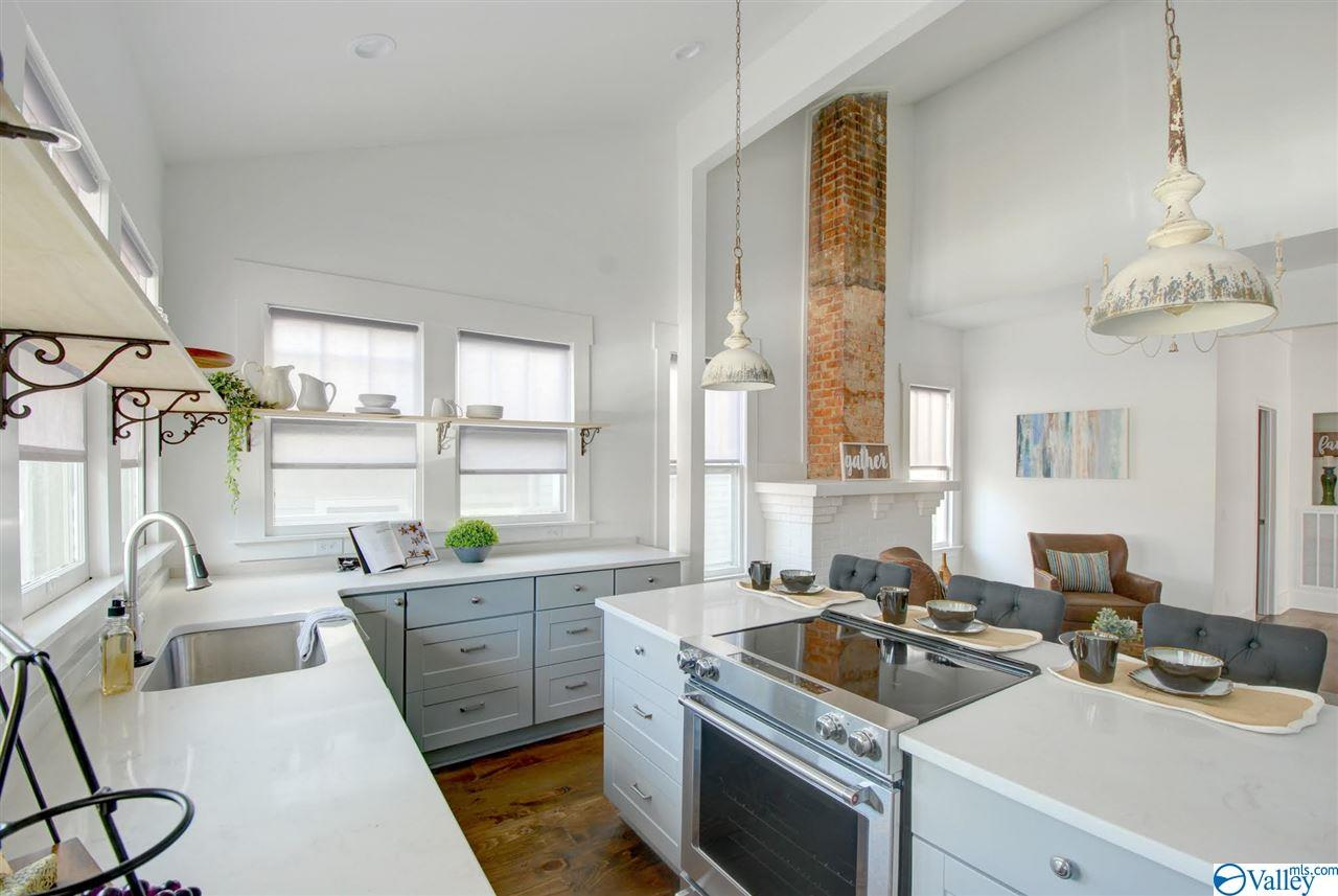 Property for sale at 405 Eustis Avenue, Huntsville,  Alabama 35801