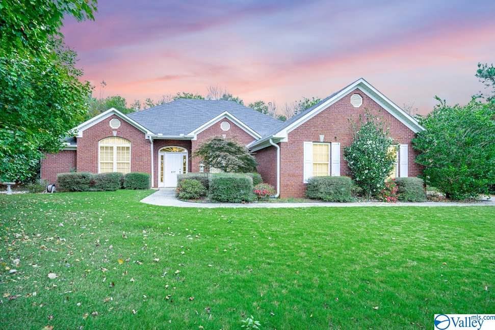 Photo of home for sale at 217 Sara Sista Circle, Harvest AL