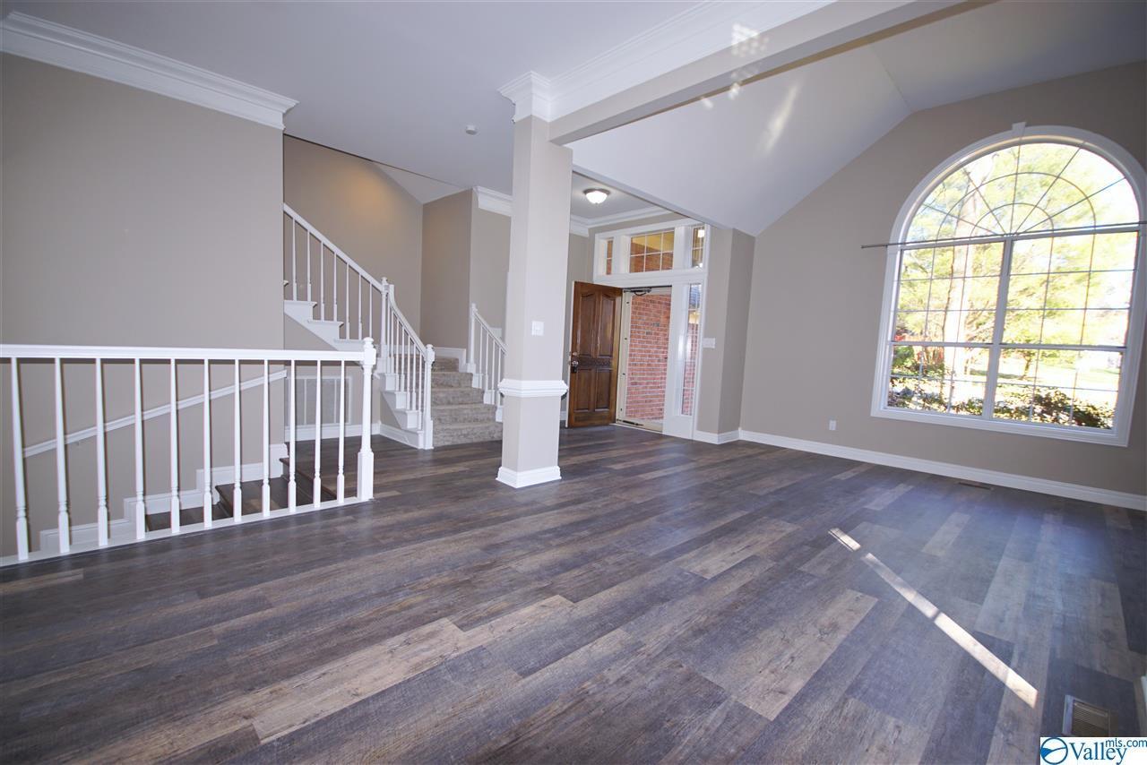 Photo of home for sale at 102 Sugar Leaf Court, Madison AL