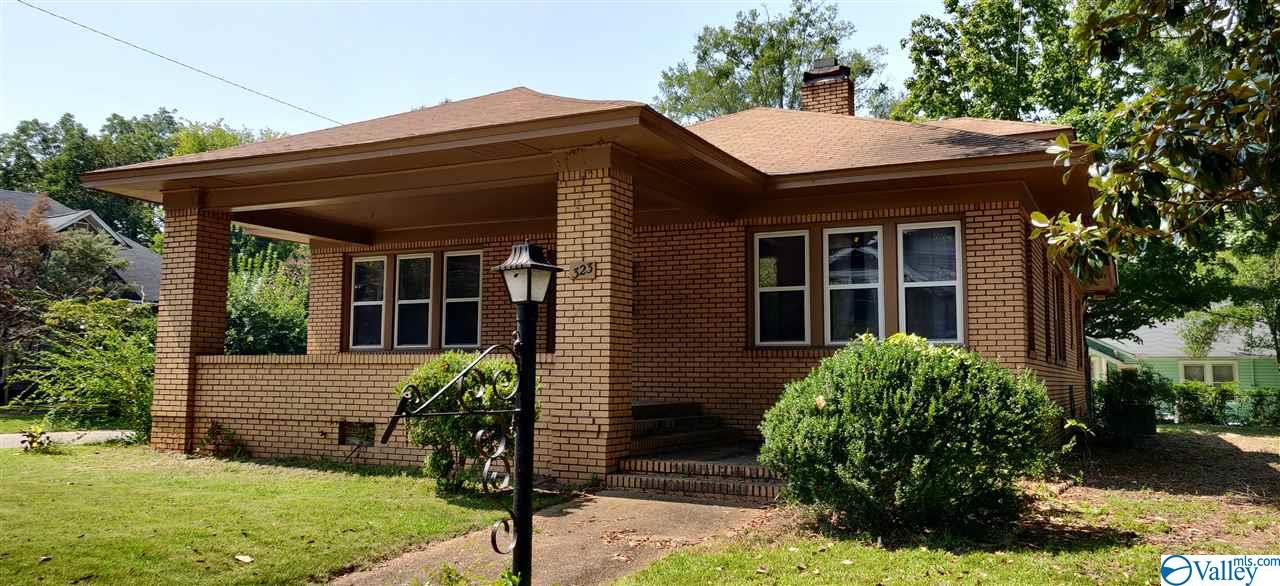 Photo of home for sale at 323 Haralson Avenue, Gadsden AL