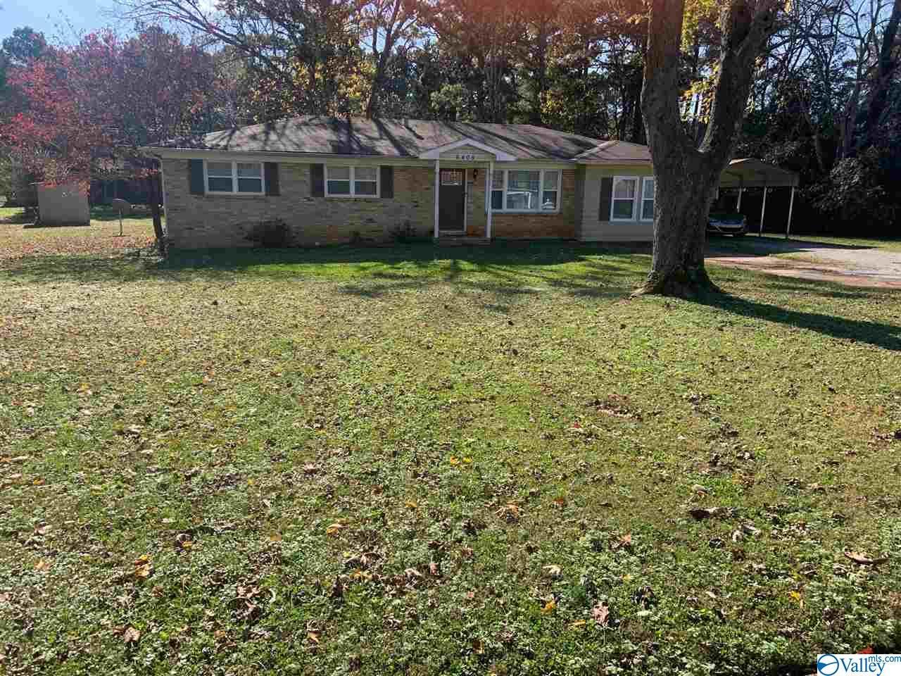 Photo of home for sale at 6405 Marsh Avenue, Huntsville AL