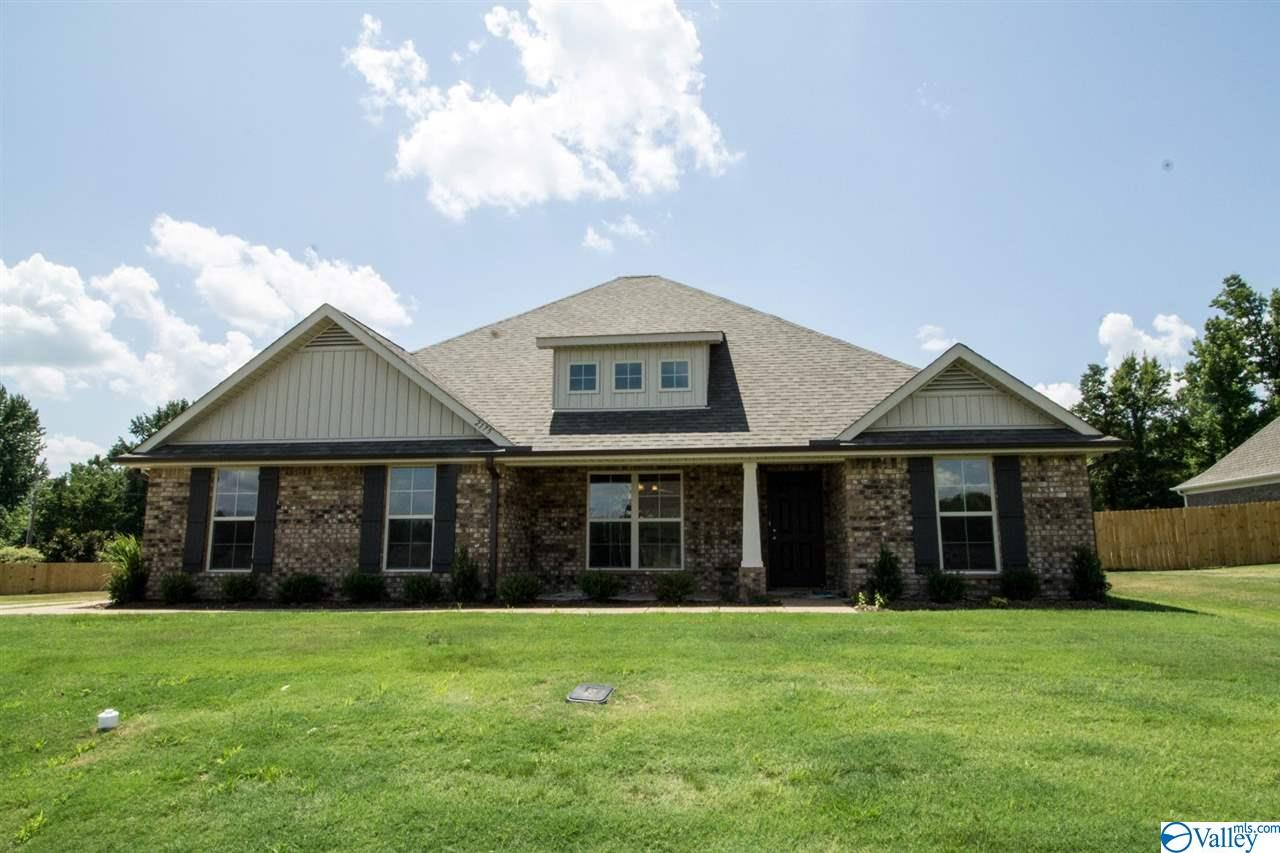 Photo of home for sale at 193 Abercorn Drive, Madison AL