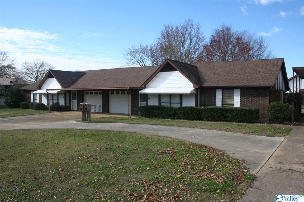 Photo of home for sale at 103 Cahill Road, Albertville AL