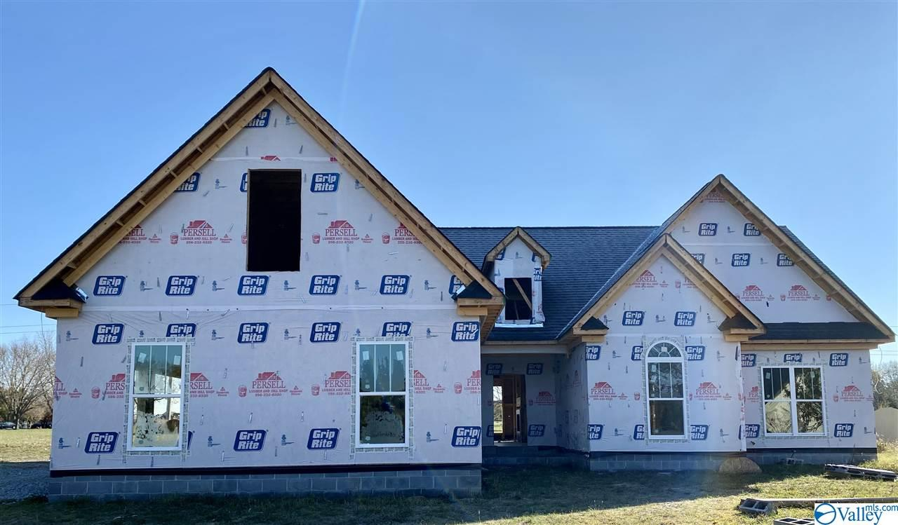 Photo of home for sale at 22420 Southern Breeze, Athens AL
