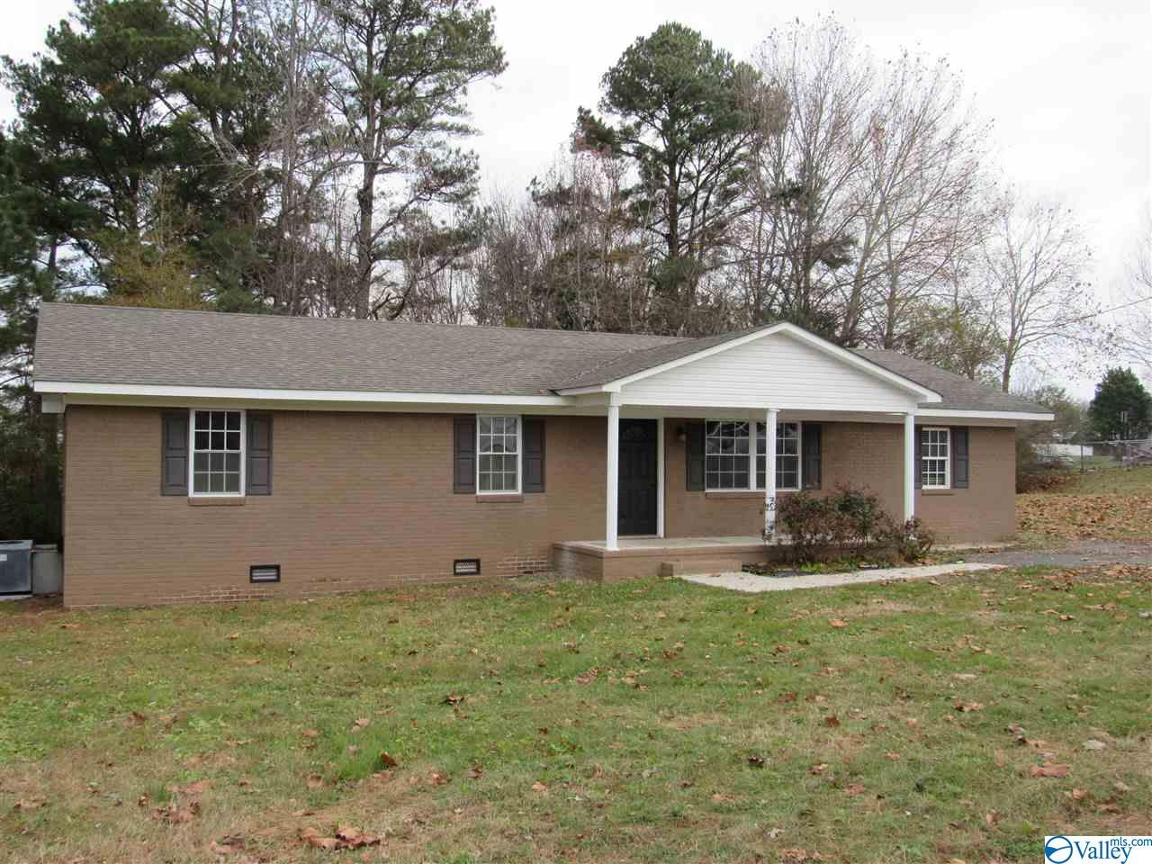 Photo of home for sale at 26635 Whitt Street, Ardmore AL