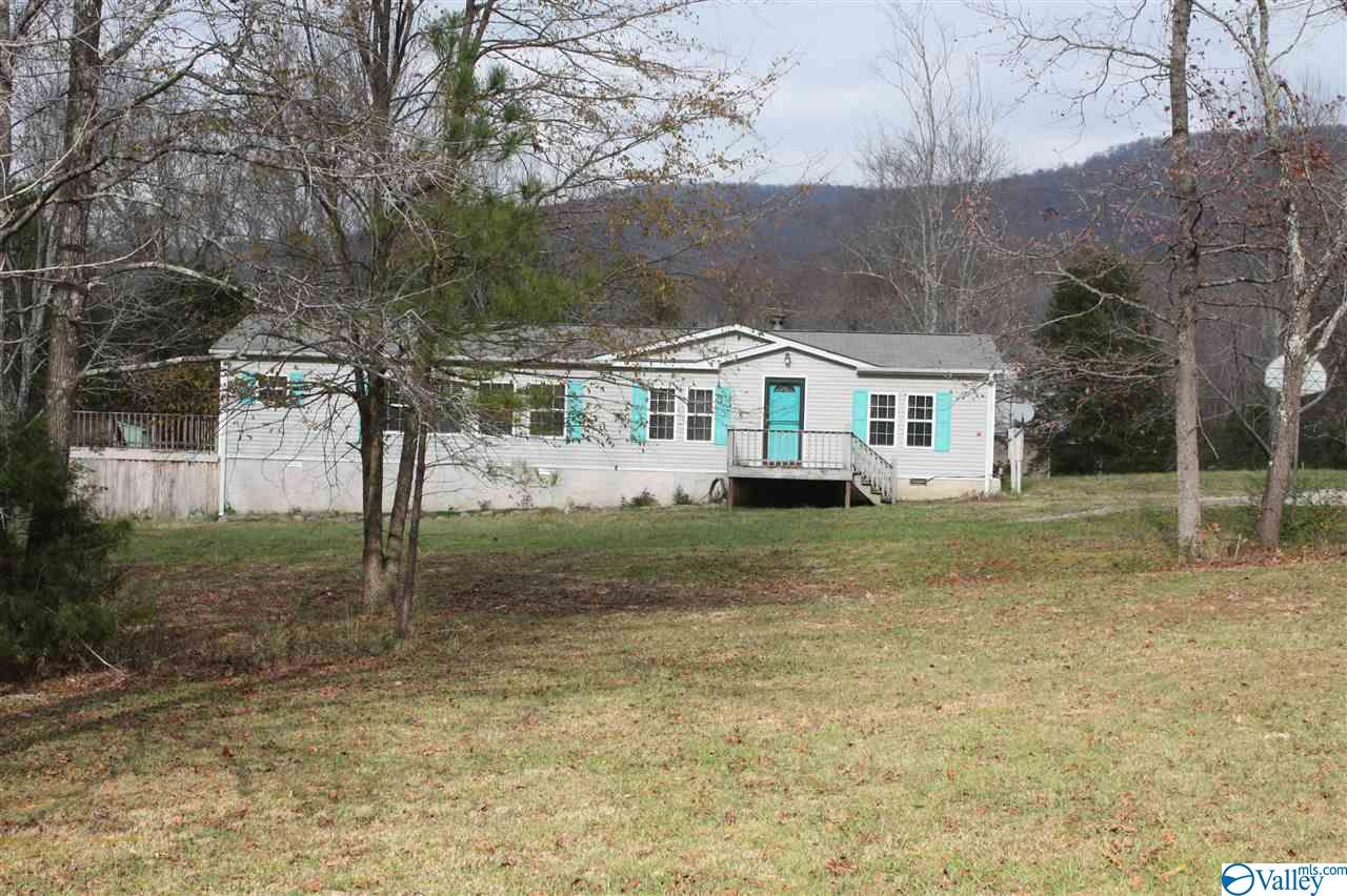 Photo of home for sale at 125 Ridge Trail, Gurley AL
