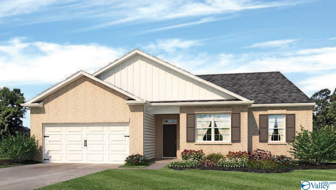 Photo of home for sale at 230 Tobin Lane, Hazel Green AL