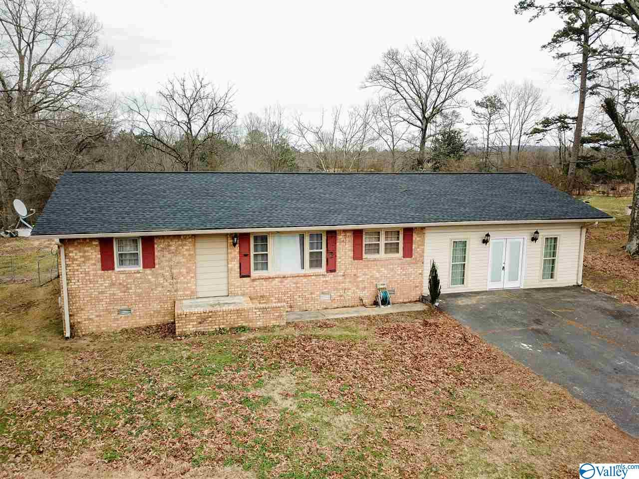 Photo of home for sale at 6017 Alabama Highway 75, Ider AL