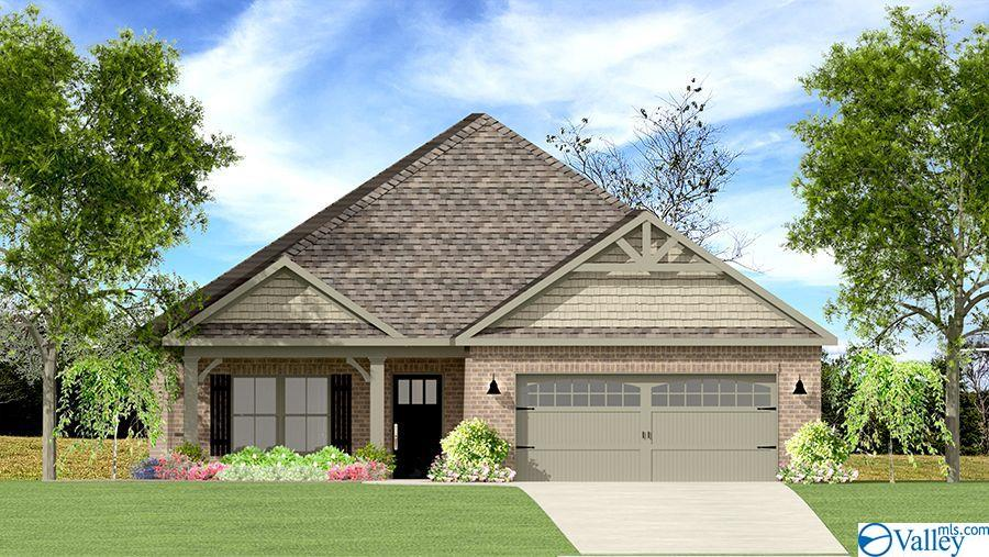 Photo of home for sale at 1809 Shadowbrook Lane, Cullman AL