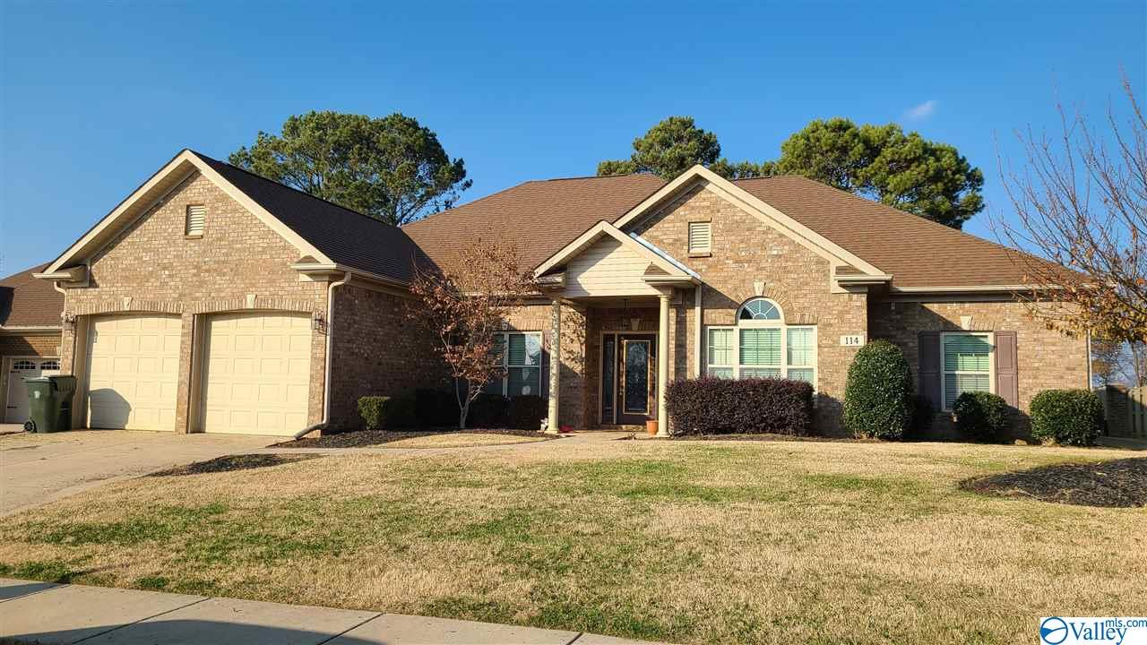 Photo of home for sale at 114 Ashville Wood Court, Madison AL