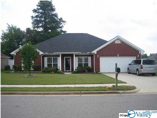 Photo of home for sale at 121 Bambi Lane, Madison AL
