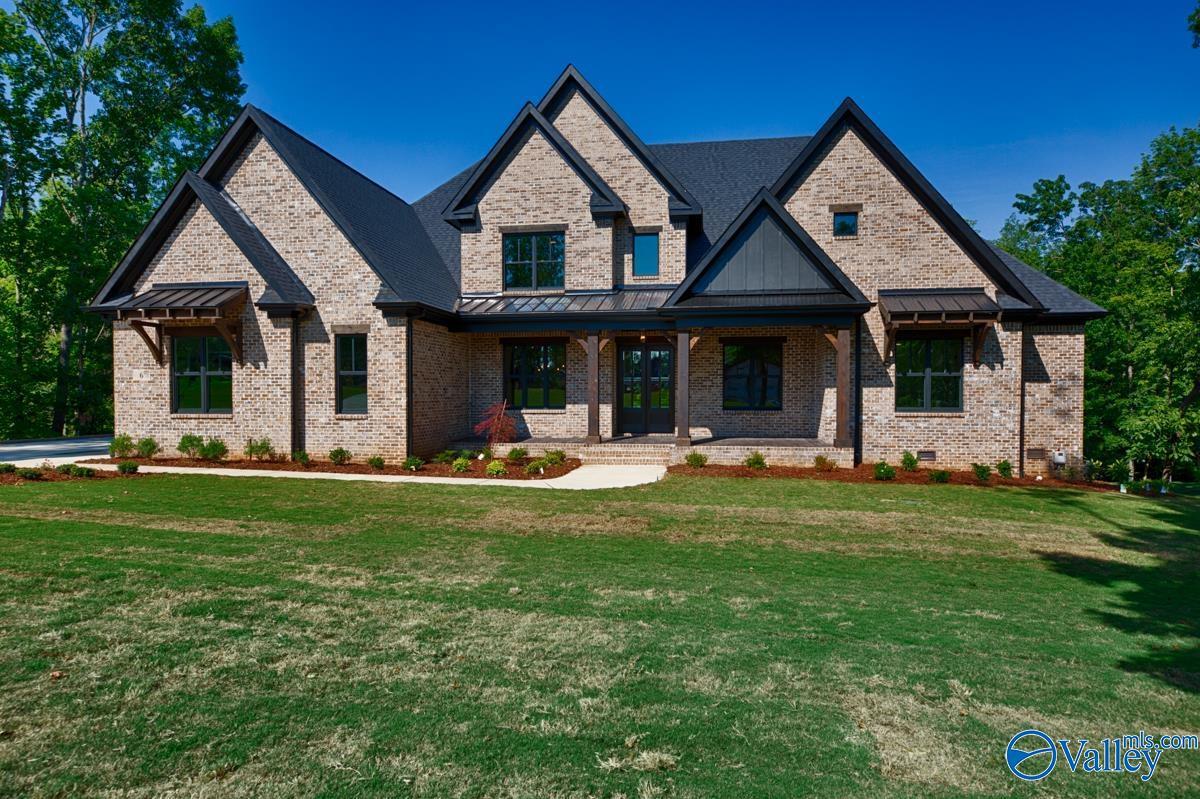 Property for sale at 6 Watson Grande Way, Owens Cross Roads,  Alabama 35763
