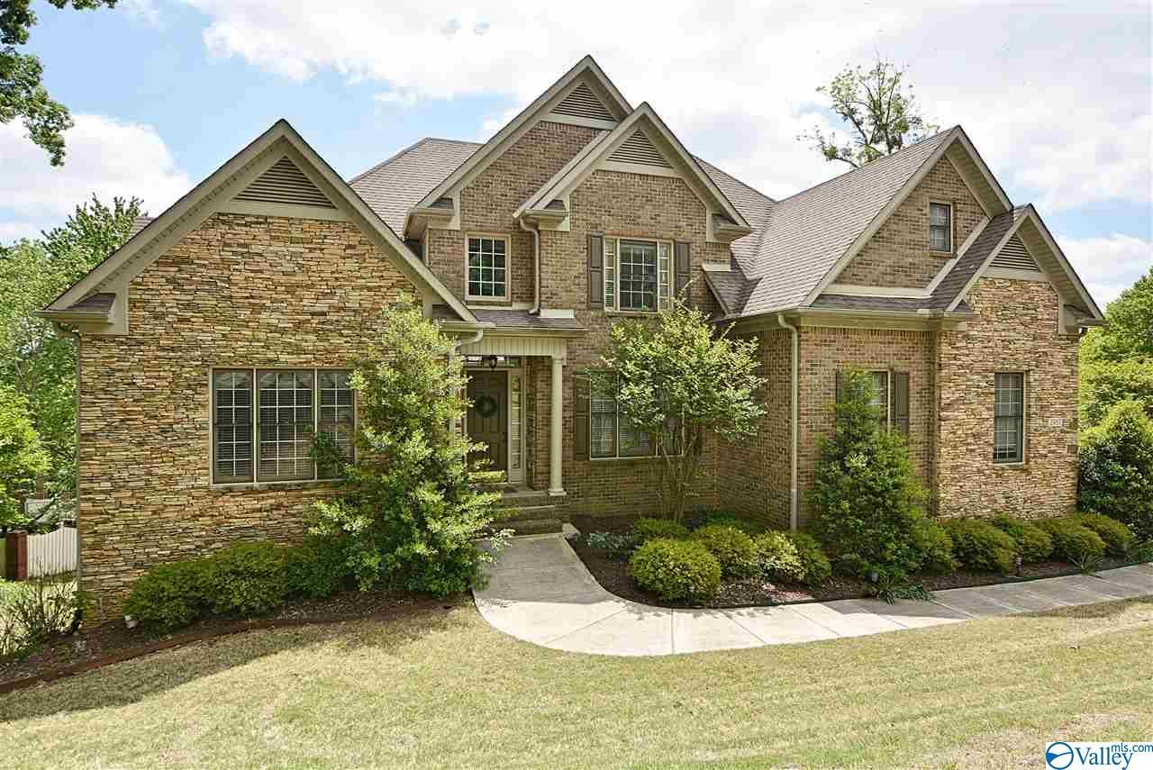 Property for sale at 2987 Hampton Cove Way, Owens Cross Roads,  Alabama 35763