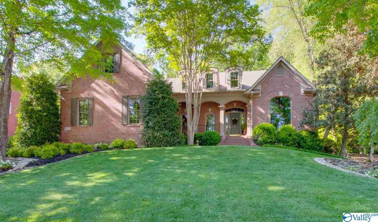 Property for sale at 2922 Hampton Cove Way, Owens Cross Roads,  Alabama 35763
