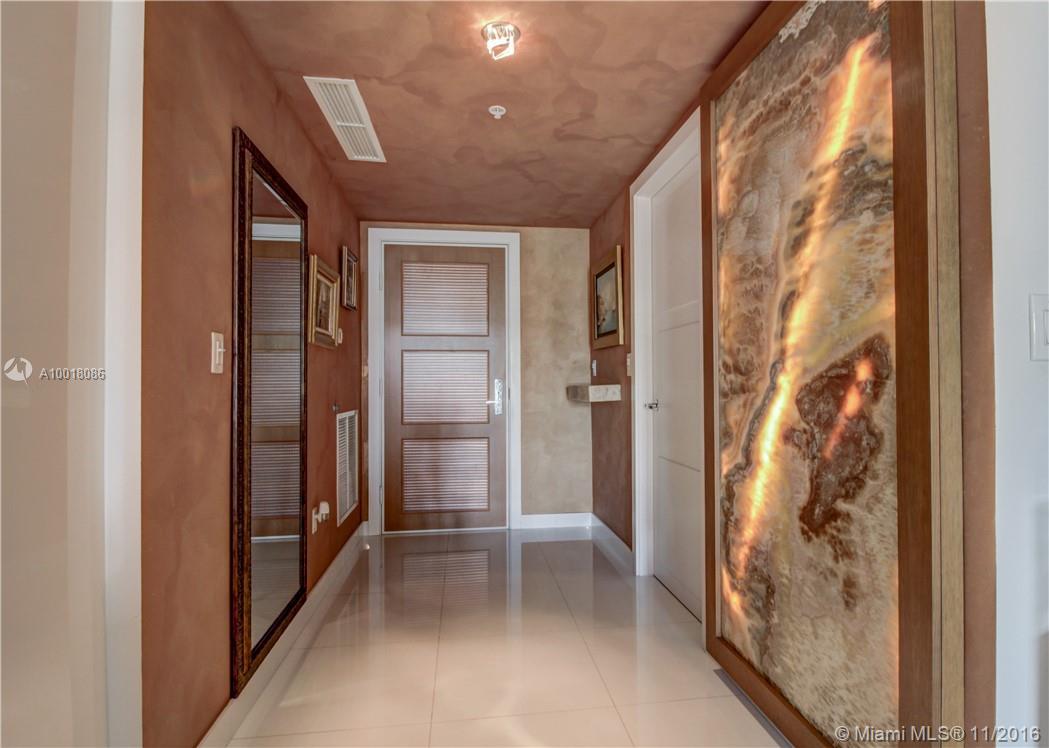 St Tropez I #1-TH30 - 150 Sunny Isles Blvd #1-TH30, Sunny Isles Beach, FL 33160