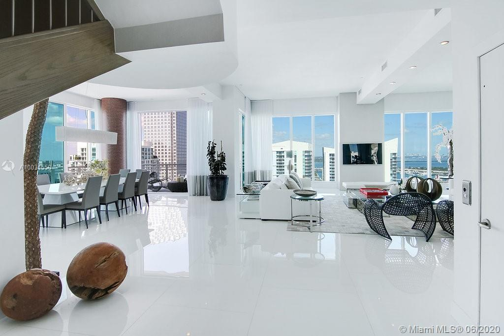 Photo of Asia Condo Apt PH3401 that clicks through to the property detail page