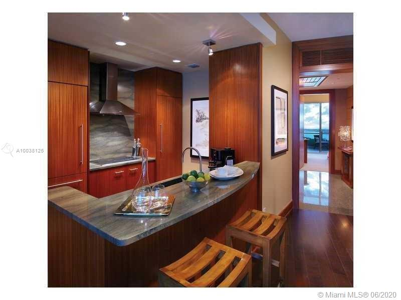 10295 Collins Ave #714 photo09