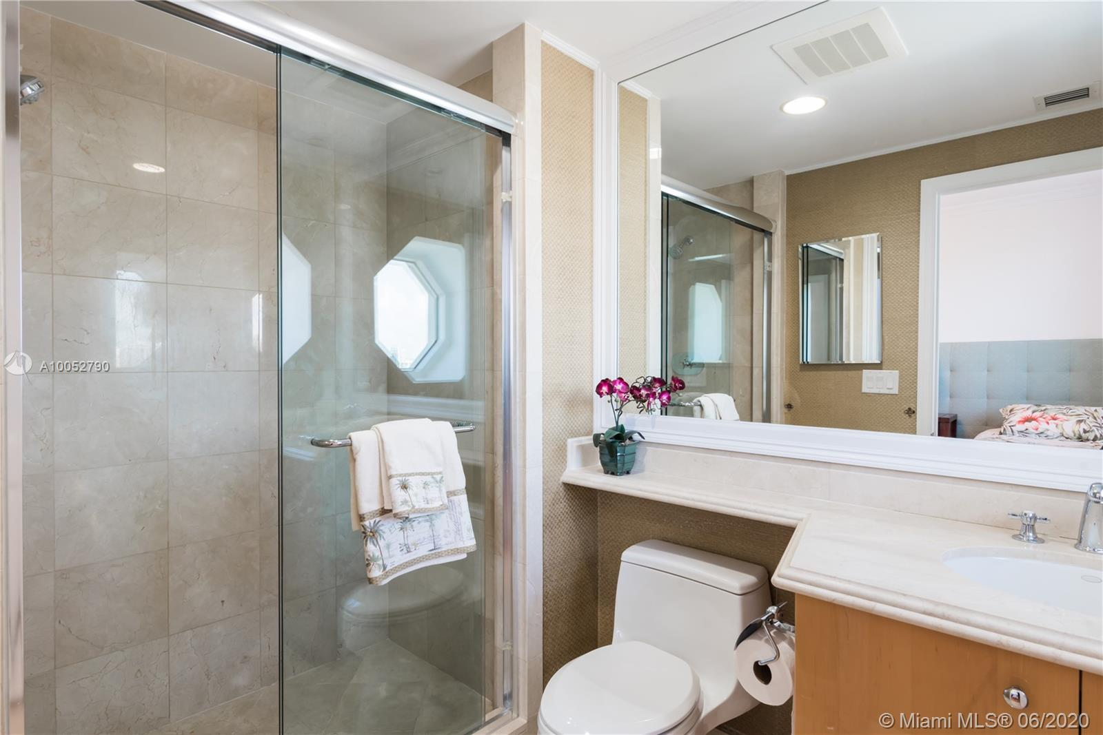 Property 17875 COLLINS AVE #2501 image 22