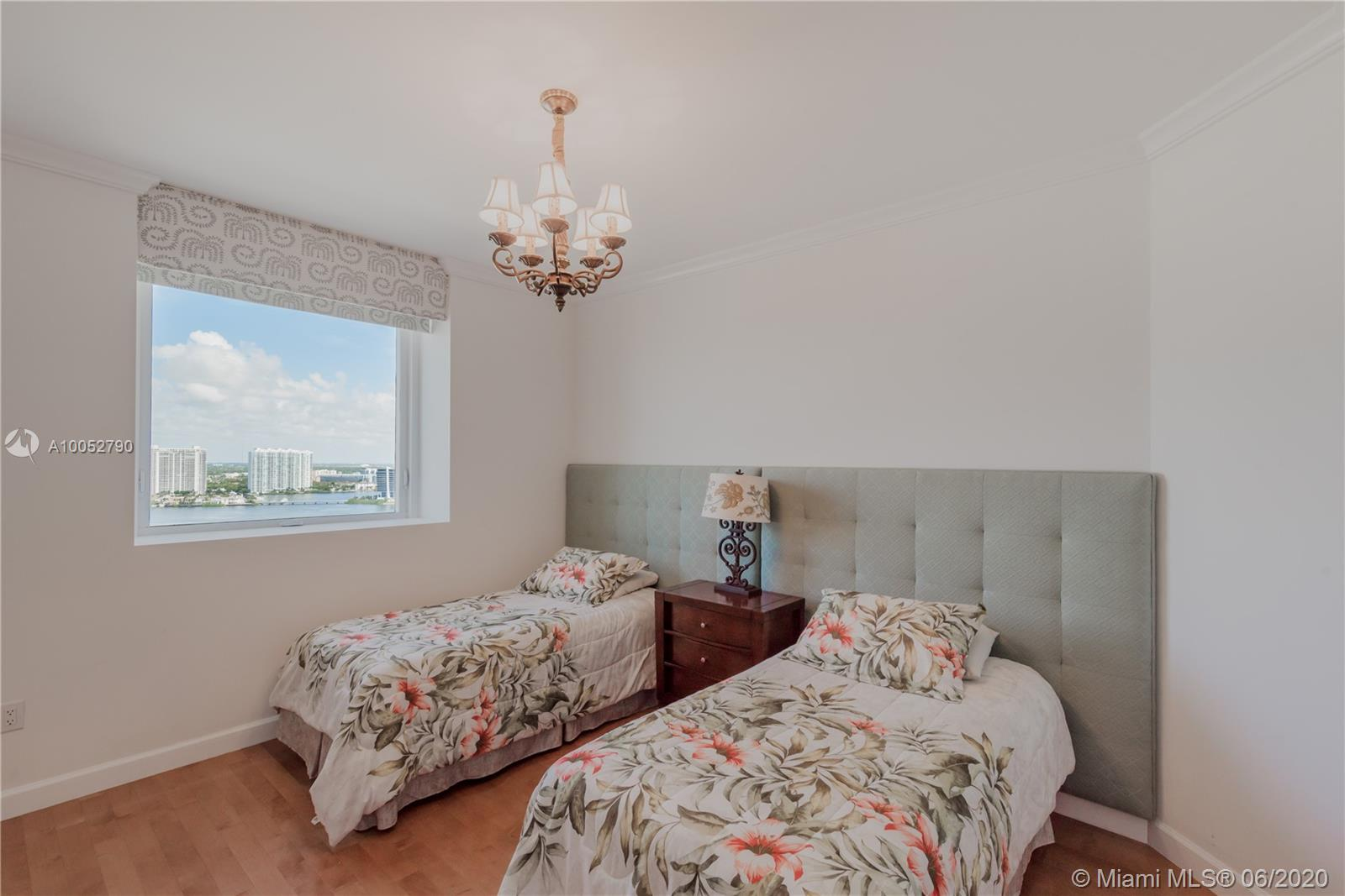 Property 17875 COLLINS AVE #2501 image 21