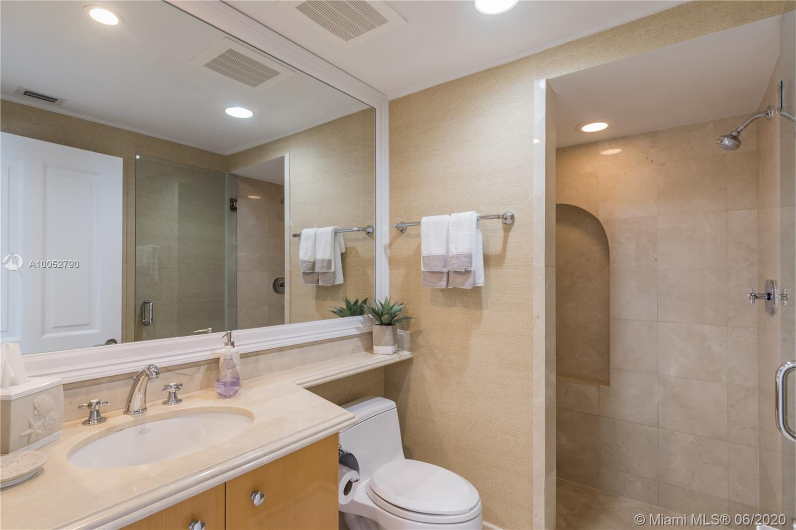 Property 17875 COLLINS AVE #2501 image 17