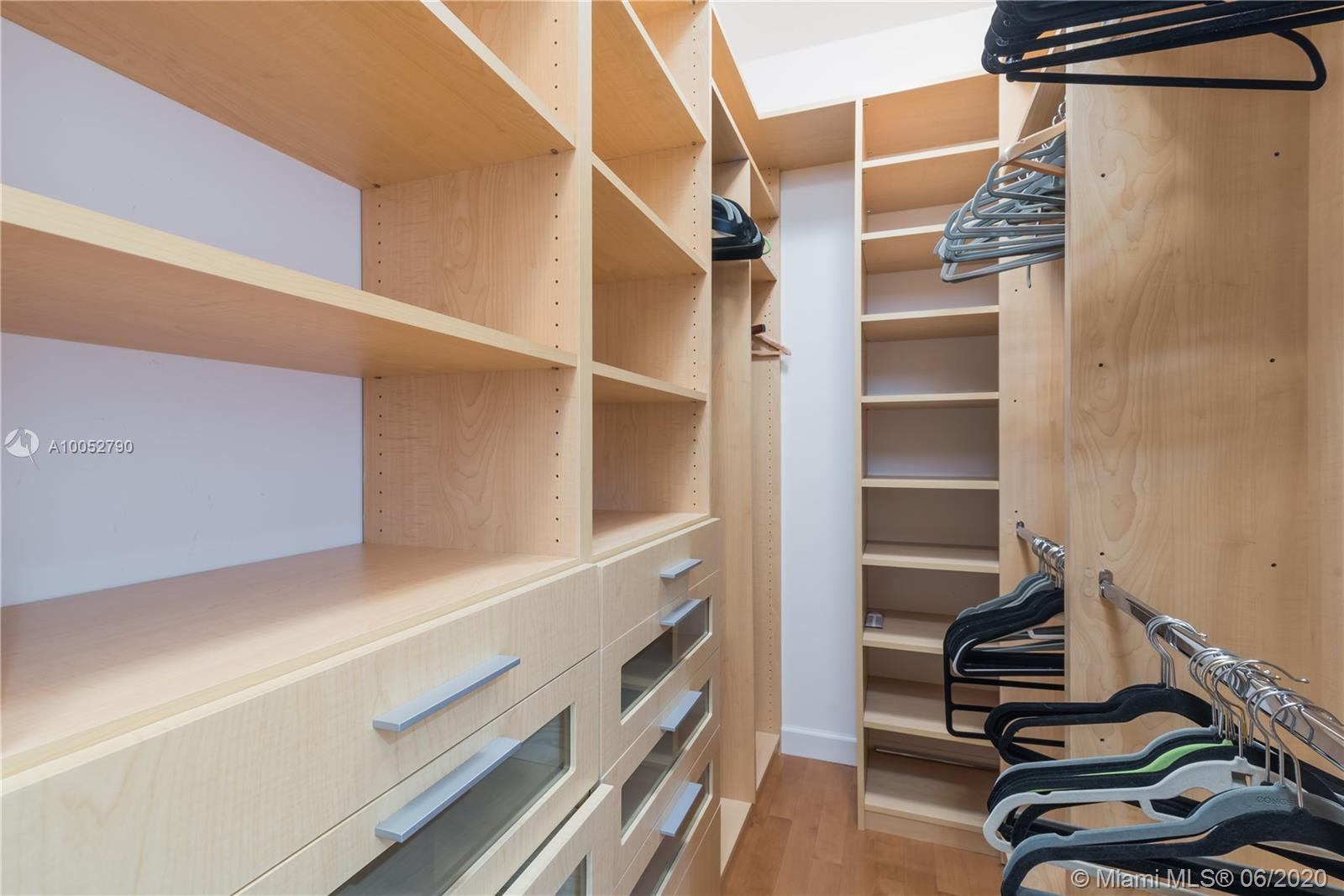 Property 17875 COLLINS AVE #2501 image 30