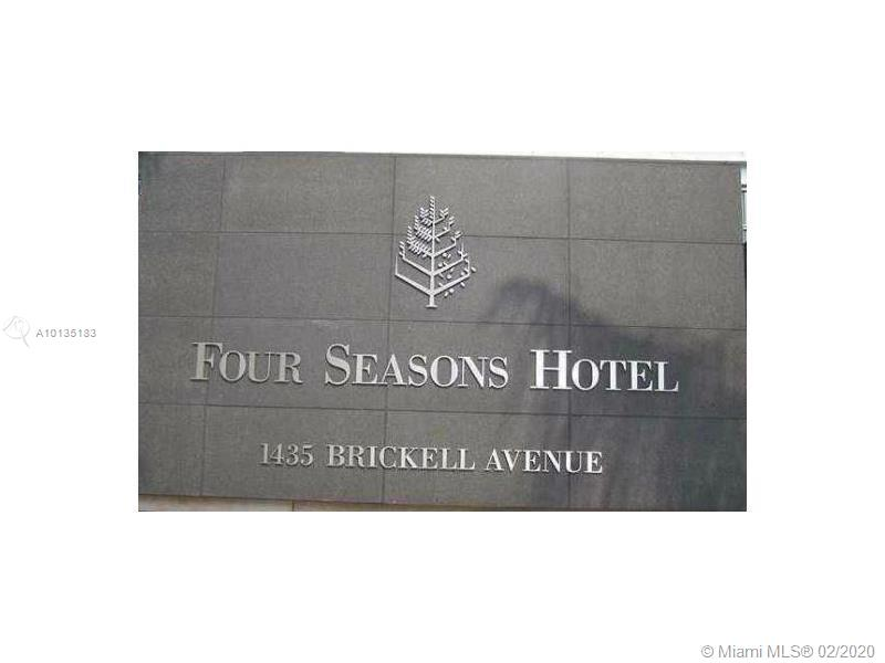 1435 Brickell Ave #3610 photo01