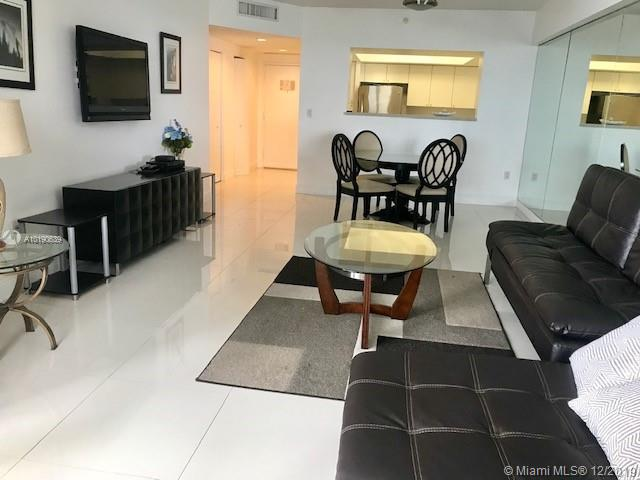 17375 Collins Ave #1006 photo01