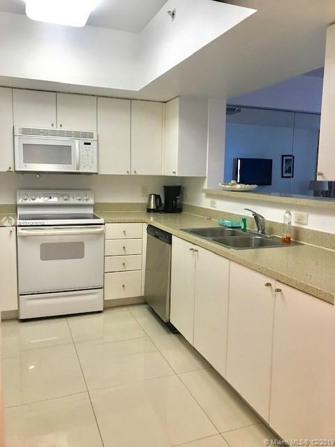17375 Collins Ave #1006 photo05