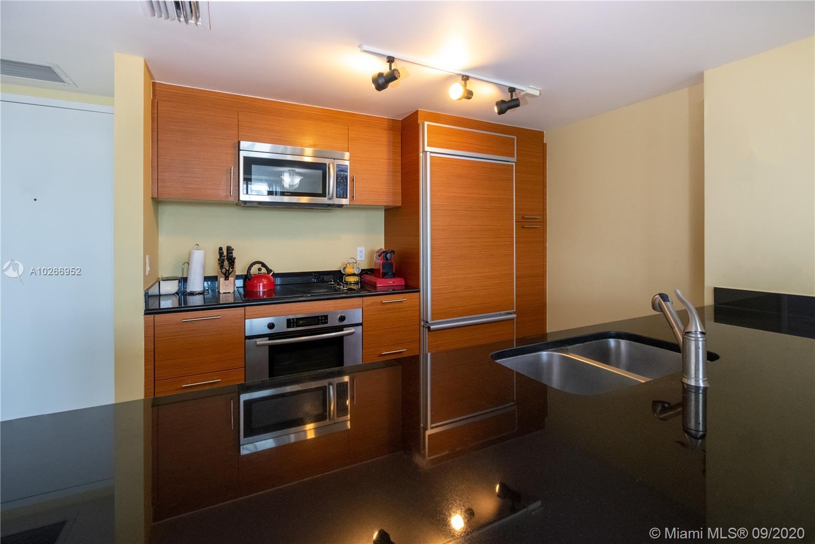 Property 50 Biscayne Blvd #3011 image 5