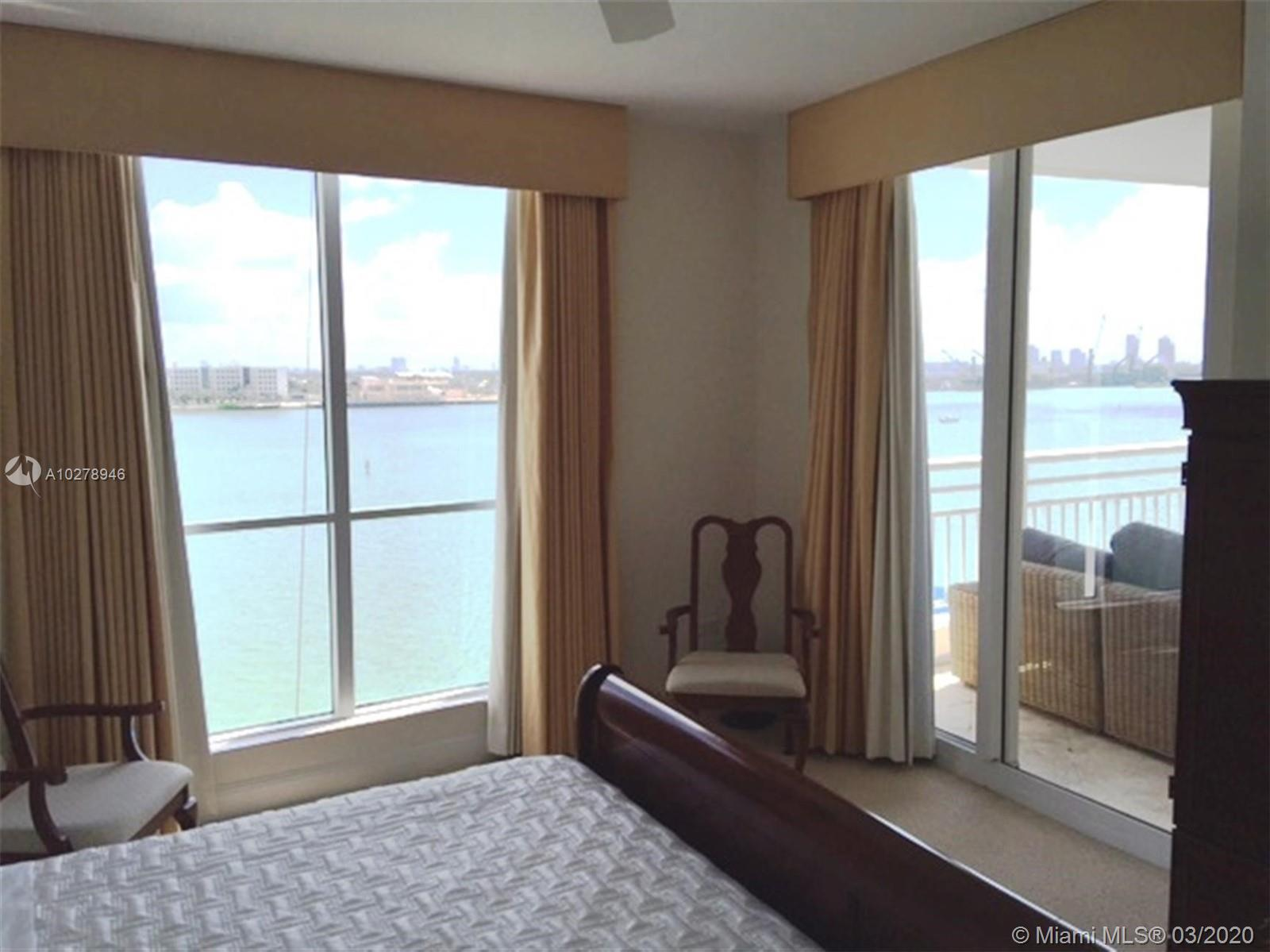848 Brickell Key Dr #701 photo06