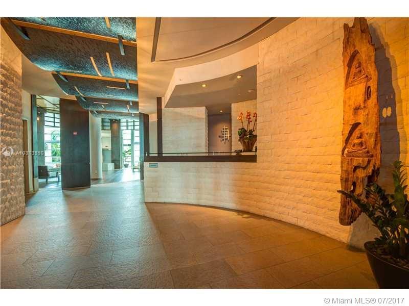 900 Brickell Key Blvd #2104 photo02