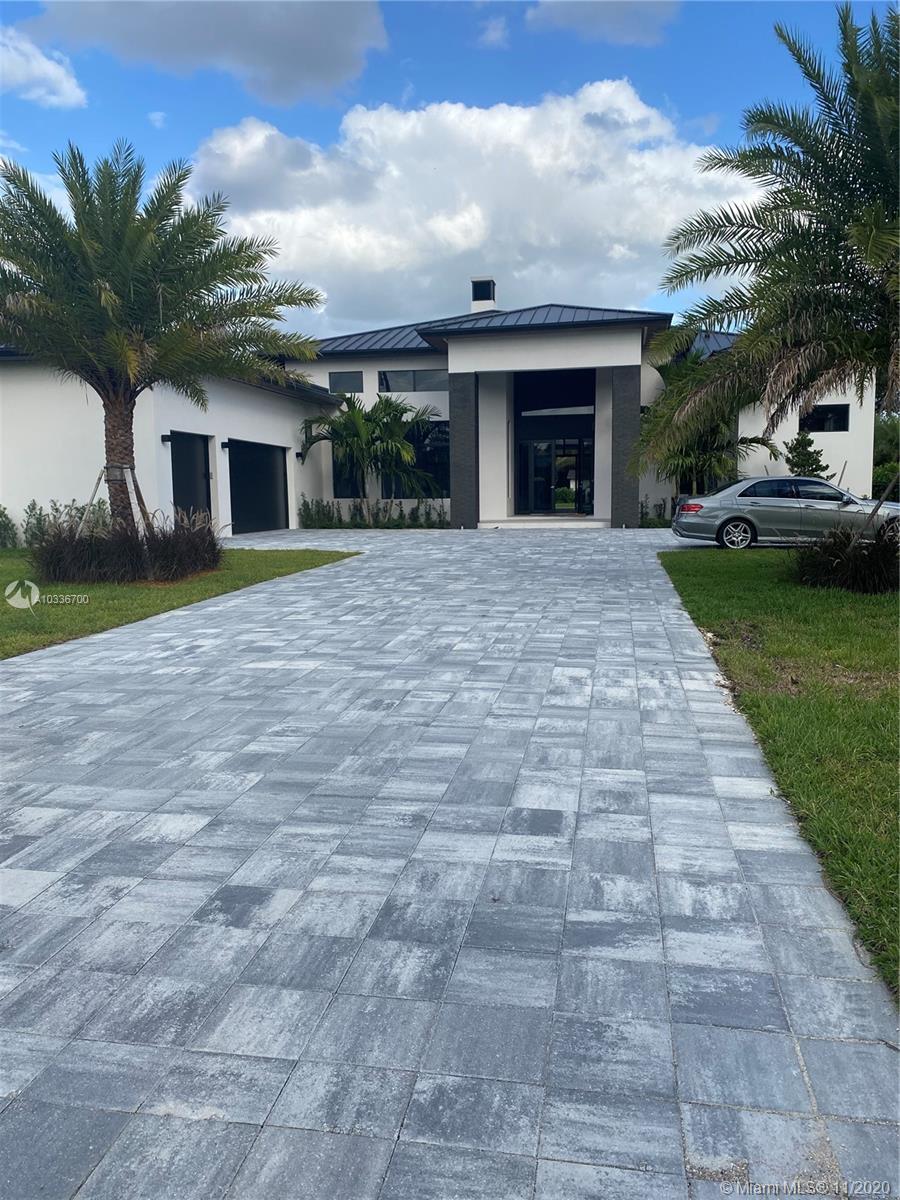 11055 SW 88 Ct, Miami, Florida 33176, 6 Bedrooms Bedrooms, ,6 BathroomsBathrooms,Residential,For Sale,11055 SW 88 Ct,A10336700
