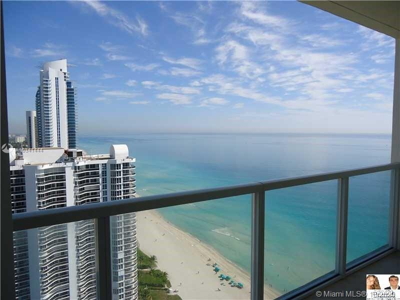 16699 Collins Ave #3304 photo06