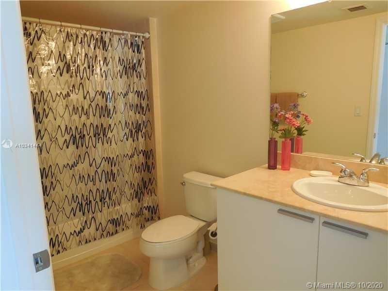 16699 Collins Ave #3304 photo017