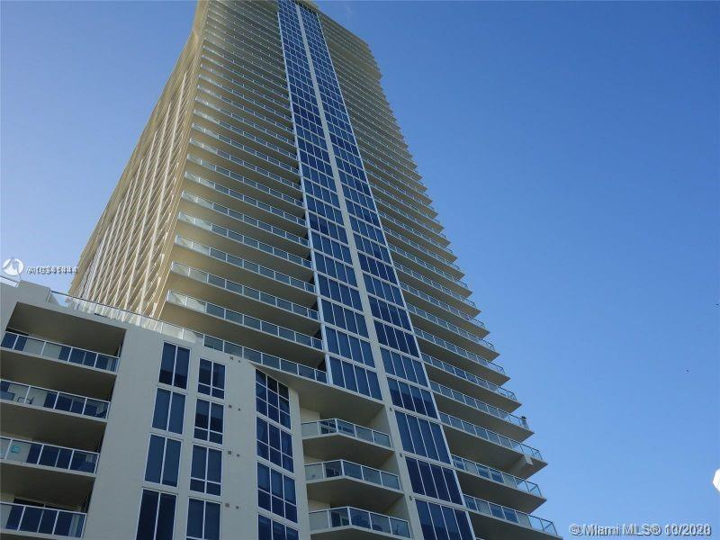 16699 Collins Ave #3304 photo012