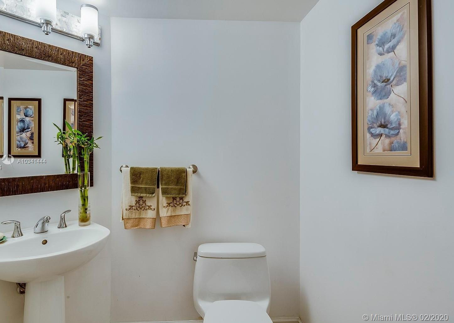 16699 Collins Ave #3304 photo030