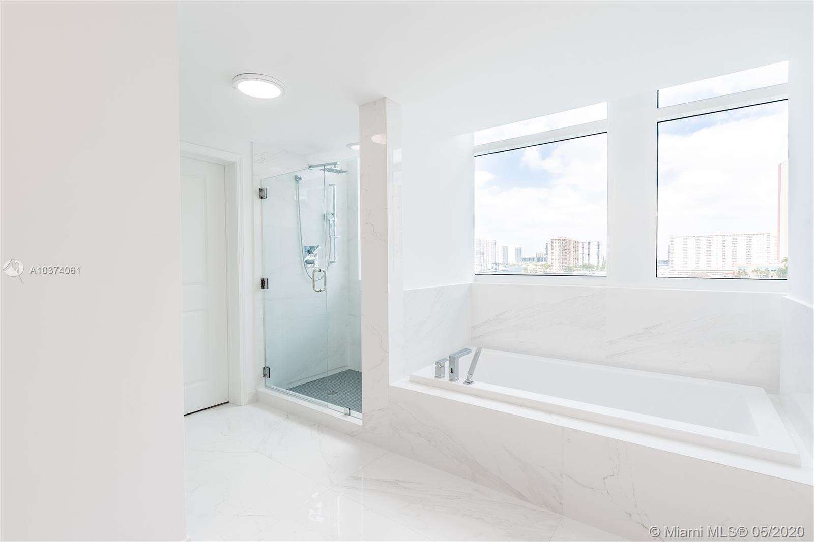 400 Sunny Isles Blvd #722 photo014