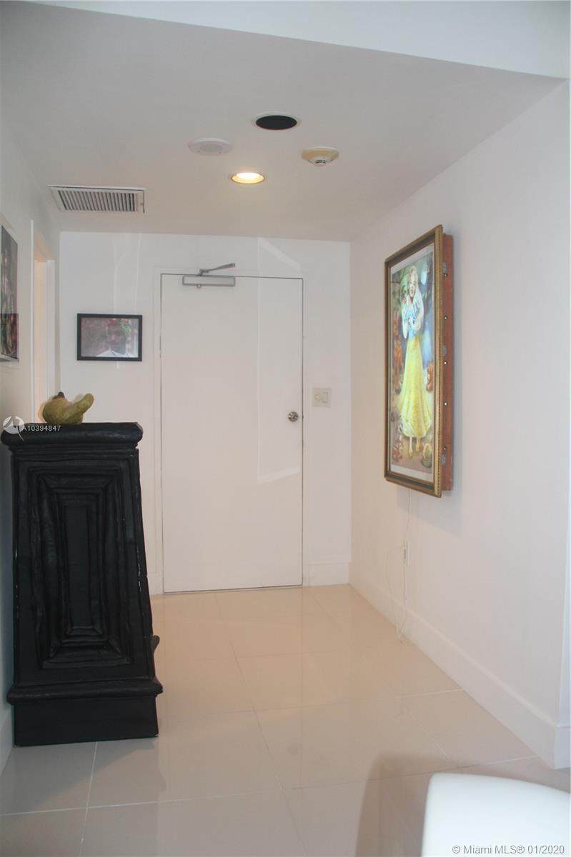 5255 Collins Ave #3C photo013