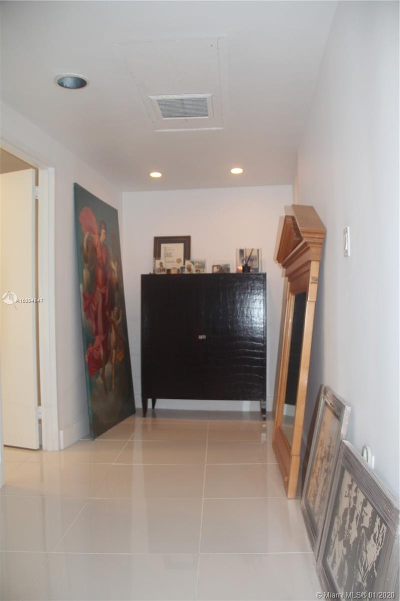 5255 Collins Ave #3C photo010