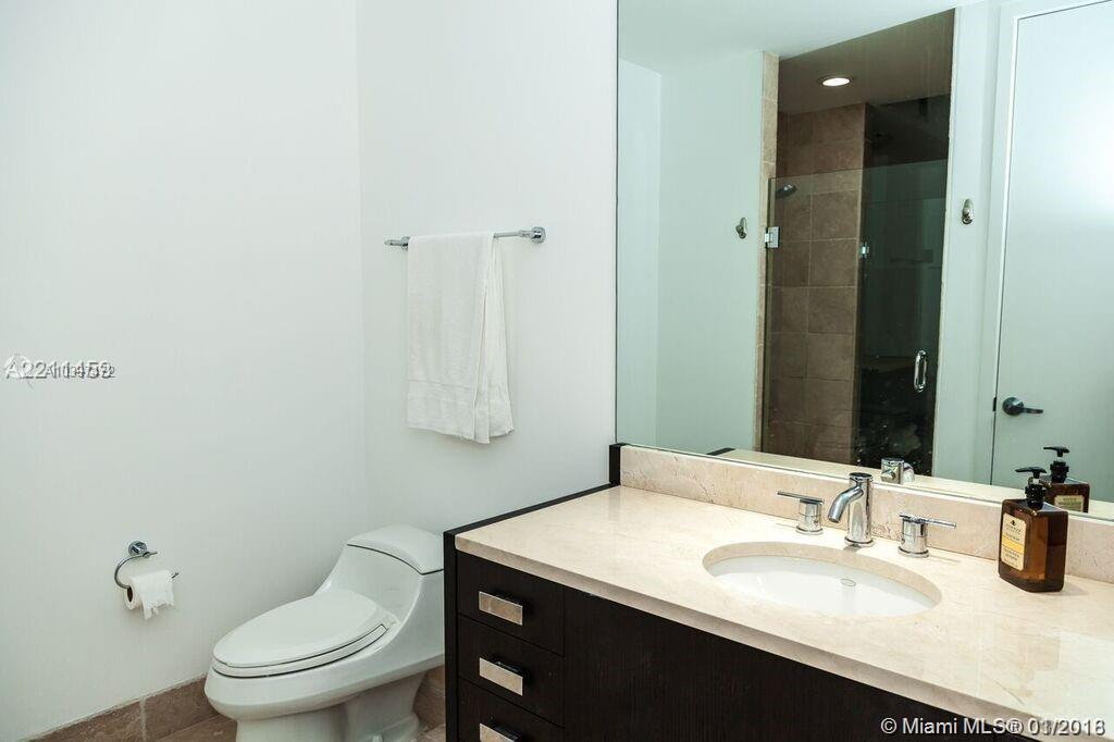 18201 Collins Ave #4507 photo015