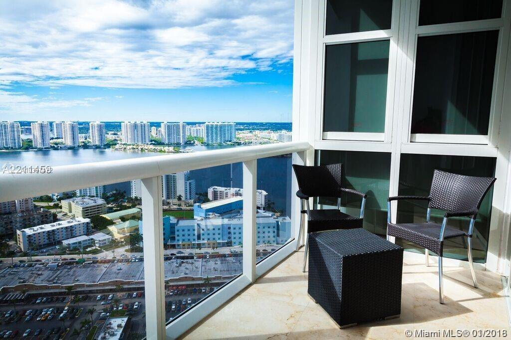 18201 Collins Ave #4507 photo021