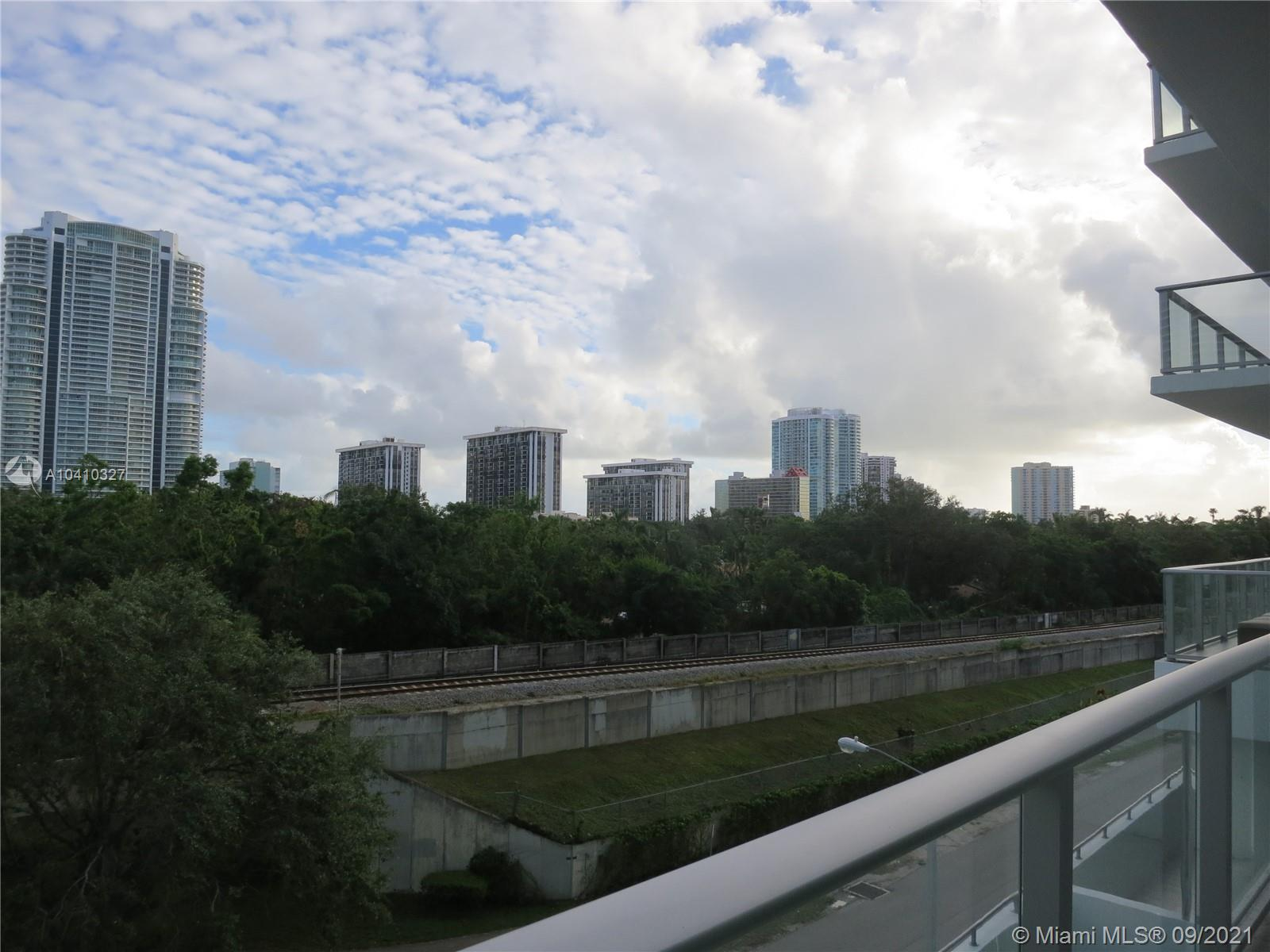 1600 SW 1 Ave #411 photo027