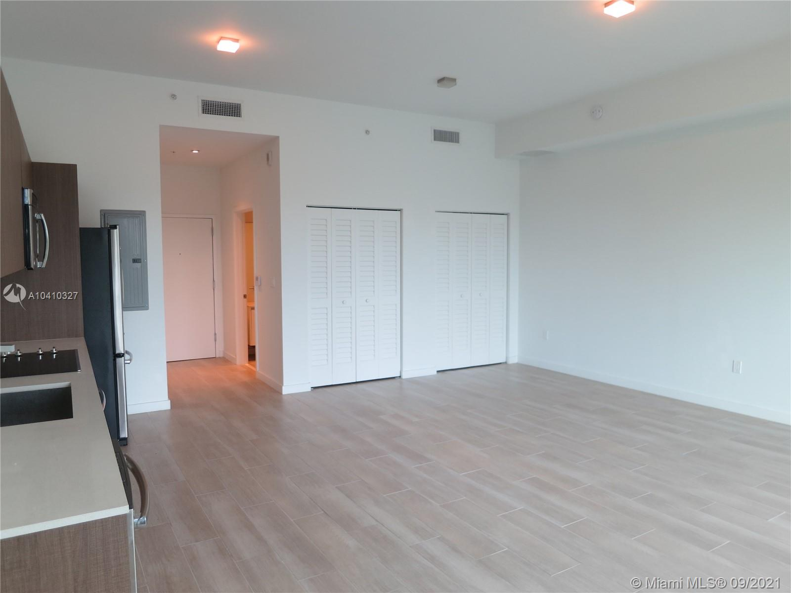 1600 SW 1 Ave #411 photo017