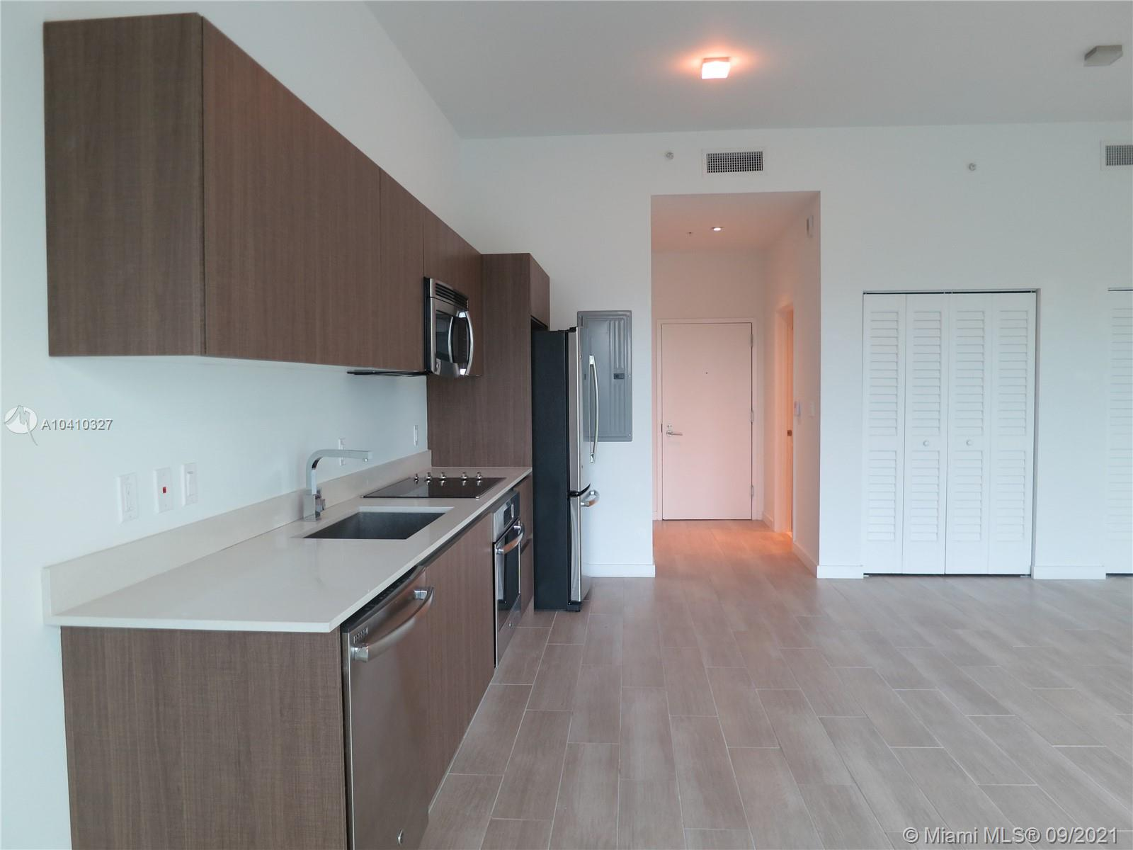 1600 SW 1 Ave #411 photo016