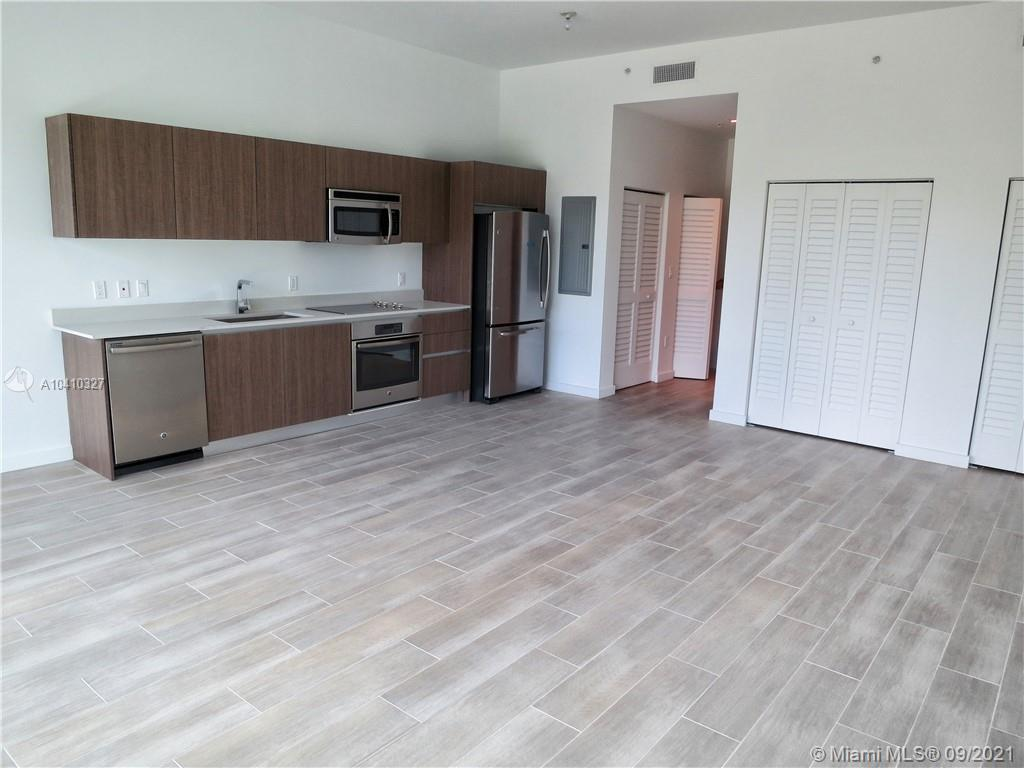 1600 SW 1 Ave #411 photo04