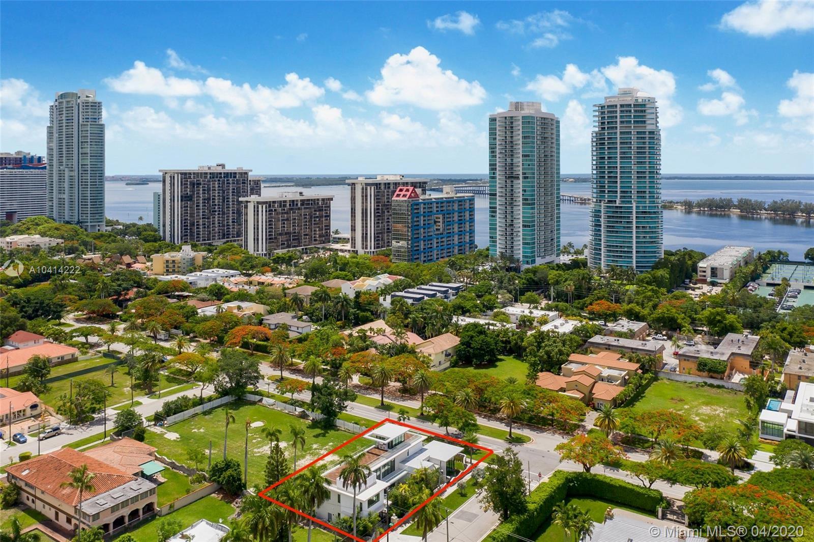 2140 S Miami Ave photo038