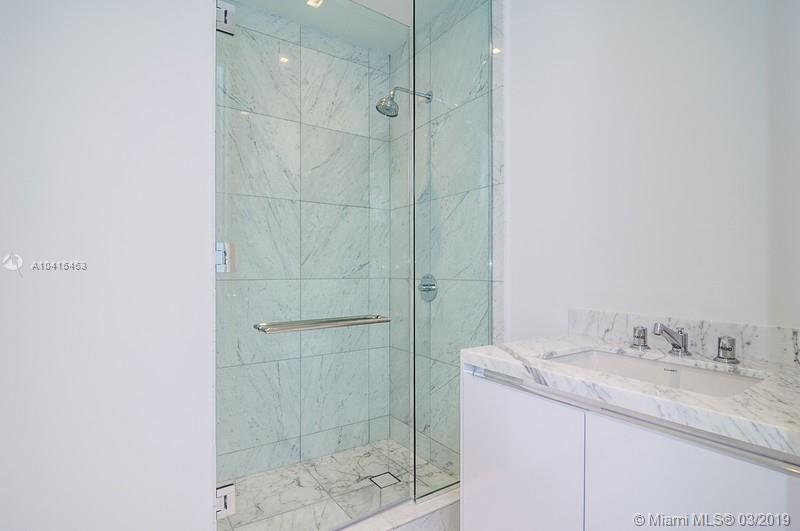 16901 Collins Ave #602 photo011