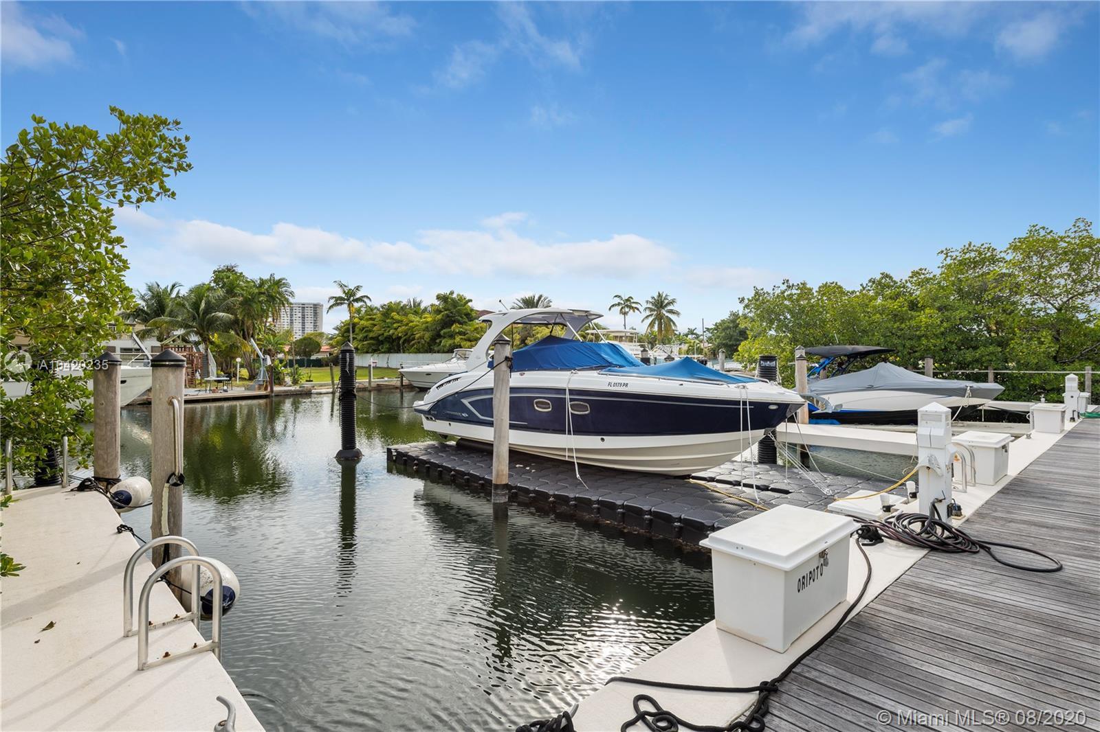 Oceania Four #TH4+Dock - 16400 Collins Ave #TH4+Dock, Sunny Isles Beach, FL 33160