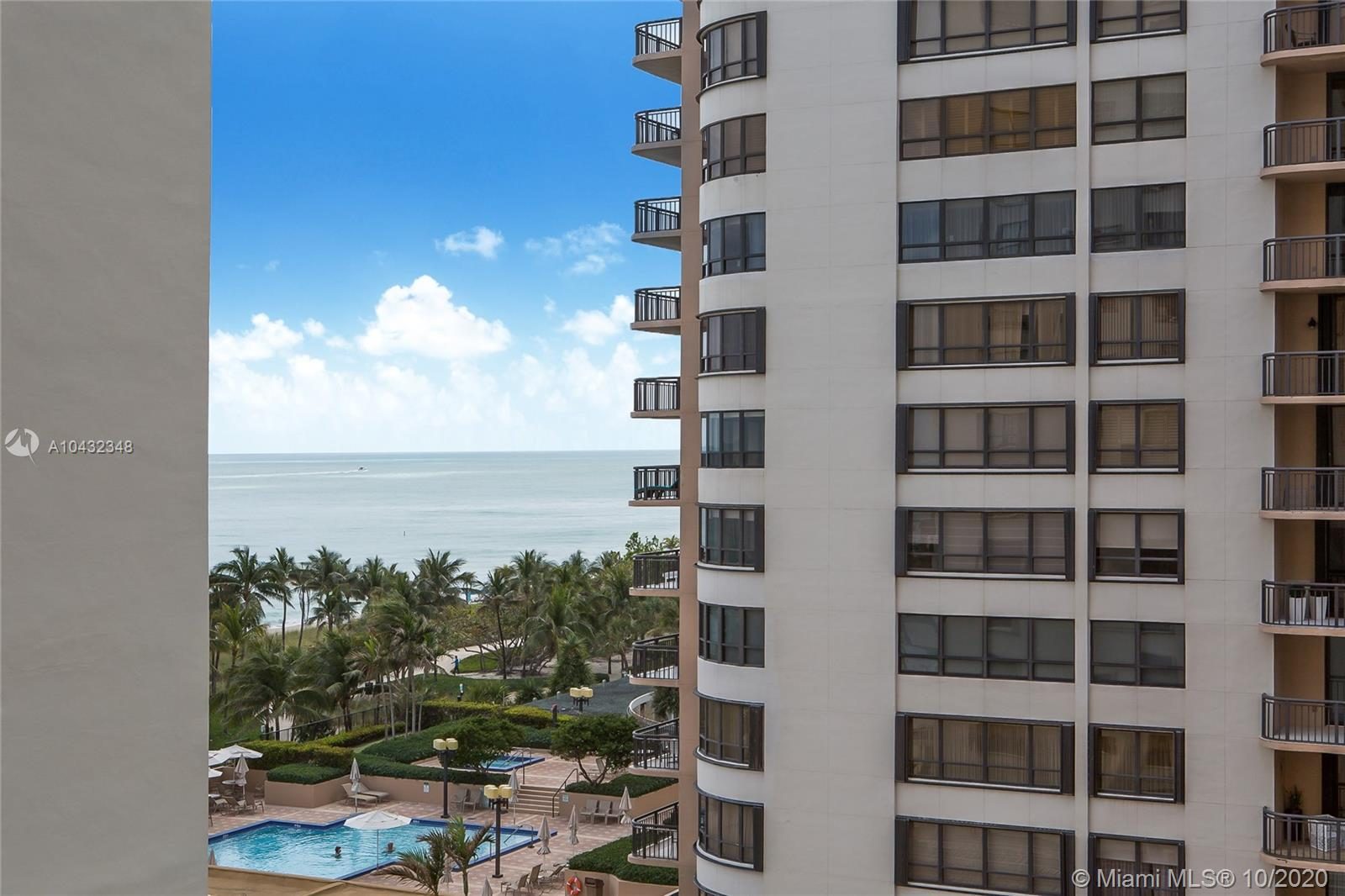 10185 Collins Ave #815 photo011